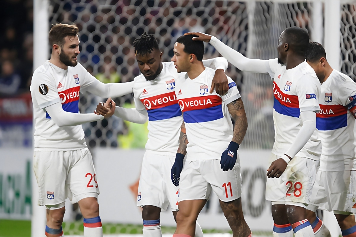 Burnley linked with Lyon's Ivorian ace
