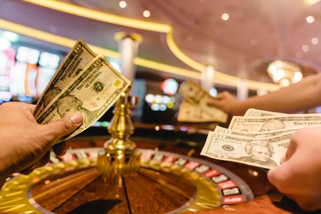 How Do You Win at a Casino With Little Money?