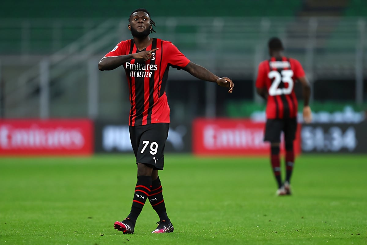 Man Utd line up AC Milan's Kessie as Pogba replacement